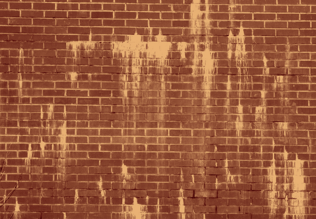 skinny-brick-wall-brown