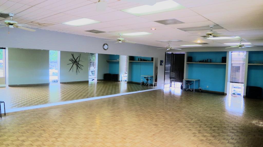 Salsabysal Dance Studio Pics 2